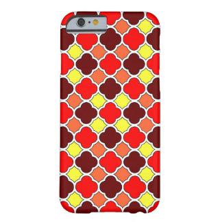 紅葉のクローバーのiPhone 6の細い場合 Barely There iPhone 6 ケース