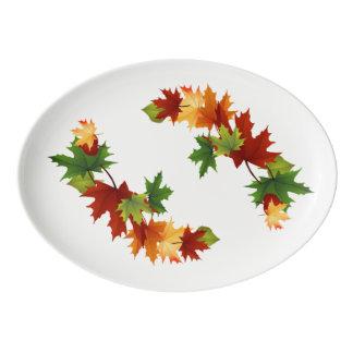 紅葉の磁器の休日 磁器大皿
