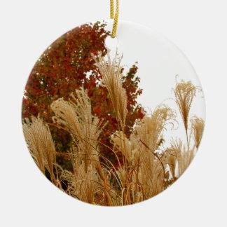 紅葉の秋の季節の自然の写真撮影 セラミックオーナメント