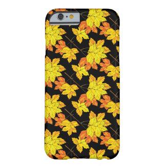 紅葉の秋 BARELY THERE iPhone 6 ケース