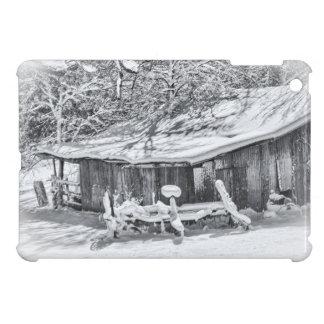納屋および熊手-テネシー州の冬の田園場面 iPad MINI CASE