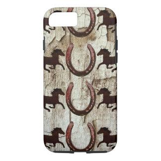 納屋の木製のiPhone 7の場合の馬の蹄鉄 iPhone 8/7ケース