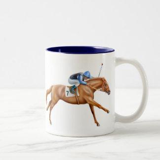 純血種の競馬馬のマグ ツートーンマグカップ