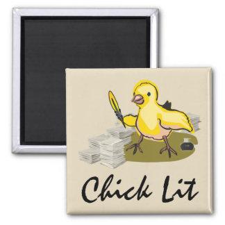 紙および羽のクイルを持つひよこのLitの作家 マグネット
