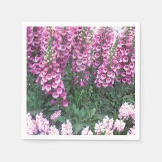 紙ナプキンによってはNavin JOSHIによって花輪の芸術が開花します スタンダードカクテルナプキン