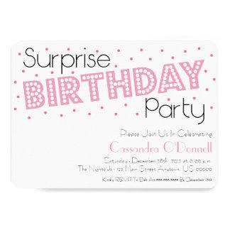 紙吹雪の驚きの誕生会の招待 (Pink) カード
