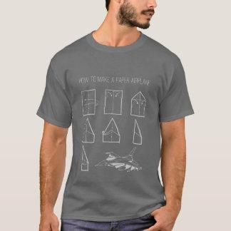 紙飛行機のグラフィックのティーを作る方法 Tシャツ