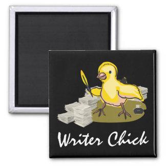 紙、羽のクイルおよびインクを持つ作家のひよこ マグネット