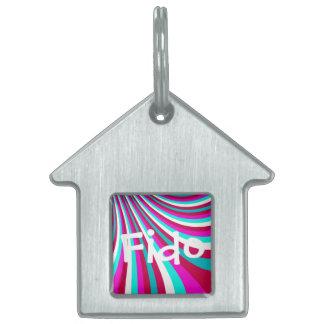 素晴しいショッキングピンクのティール(緑がかった色)の虹のスライドのストライプなパターン ペットネームタグ