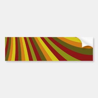 素晴しく赤い黄橙色の緑のストライプパターン バンパーステッカー