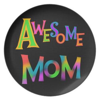素晴らしいお母さんのTシャツおよびギフト プレート