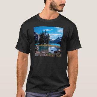 素晴らしいアウトドアの碧玉アルバータカナダを駐車して下さい Tシャツ