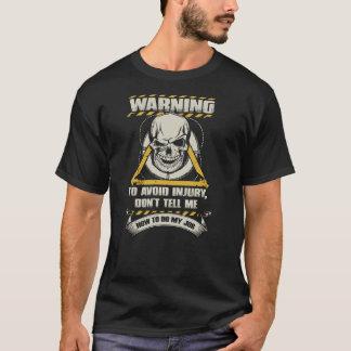 素晴らしいライフガードのワイシャツ Tシャツ