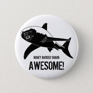 素晴らしいラーテルの鮫! 5.7CM 丸型バッジ