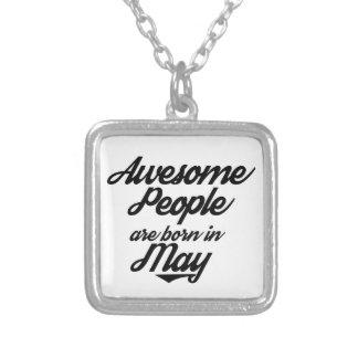 素晴らしい人々は5月に生まれます シルバープレートネックレス