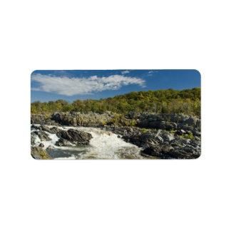 素晴らしい滝ヴァージニア ラベル