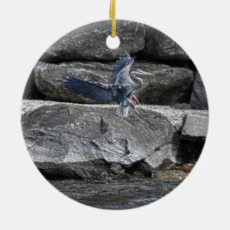素晴らしい青鷲の野性生物のBirdloverの上陸の写真 セラミックオーナメント