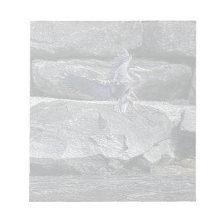 素晴らしい青鷲の野性生物のBirdloverの上陸の写真 ノートパッド