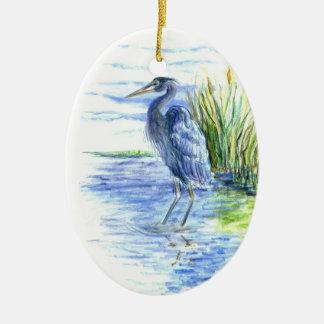 素晴らしい青鷲は沼地で渡ります セラミックオーナメント