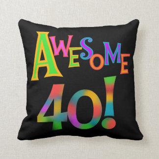 素晴らしい40枚の誕生日のTシャツおよびギフト クッション