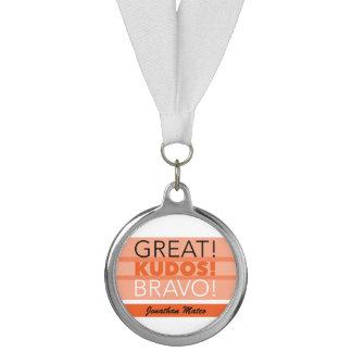 素晴らしい! 栄光! Bravo! カスタマイズ可能な銀製の円形浮彫り メダル