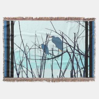 素晴らしいSnowy白鷺の鳥の野性生物動物のシルエット スローブランケット