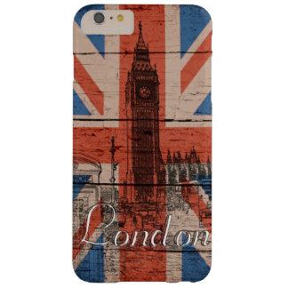 素晴らしくクールで粋で古い木製のグランジなイギリスの旗 BARELY THERE iPhone 6 PLUS ケース