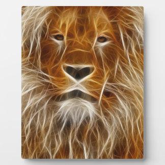 素晴らしく抽象的なライオンの頭部; イーゼルとの芸術 フォトプラーク