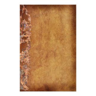 素朴でグランジな腐食された羊皮紙のギフト 便箋