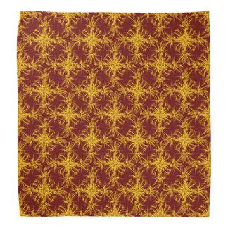 素朴で赤いダマスク織パターンの金黄色 バンダナ