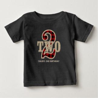 素朴で赤い黒いバッファローの格子縞の第2誕生会 ベビーTシャツ