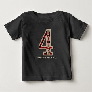 素朴で赤い黒いバッファローの格子縞の第4誕生会 ベビーTシャツ