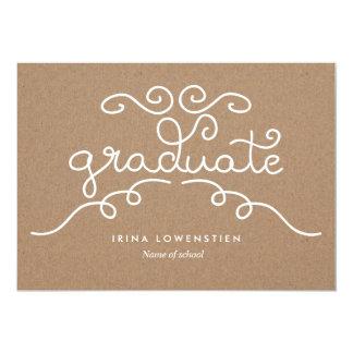 素朴なクラフト紙の卒業生のお洒落なタイポグラフィ カード