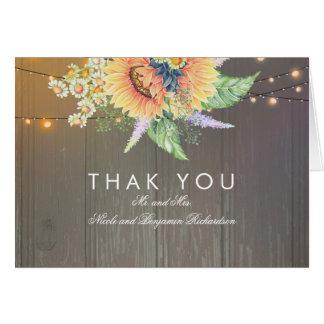 素朴なヒマワリおよびひもライト木は感謝していしています カード