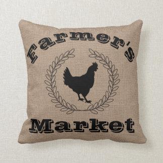 素朴なファーマーズマーケットの黒の月桂樹及び雌鶏 クッション
