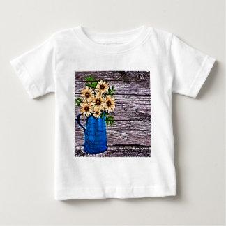 素朴な印象主義の青いつぼの黄色のデイジー ベビーTシャツ