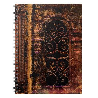 素朴な古代巻の中世革本 ノートブック