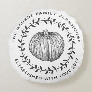 素朴な家族の農家のカボチャリース ラウンドクッション