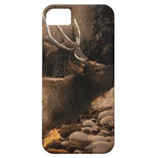 素朴な小屋のコテッジの森林山の雄牛のオオシカ iPhone SE/5/5s ケース