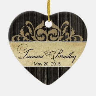 素朴な木製の線条細工の写真 の黒檀の日焼け セラミックオーナメント