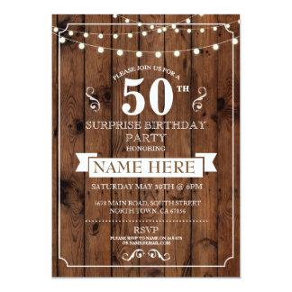 素朴な木製の驚きの誕生会第50の招待 カード