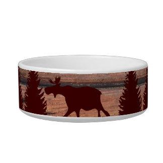 素朴な森林アメリカヘラジカのオオカミの荒野山の小屋 ボウル