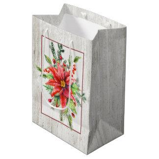 素朴な水漆喰を塗られた木および休日の花柄 ミディアムペーパーバッグ