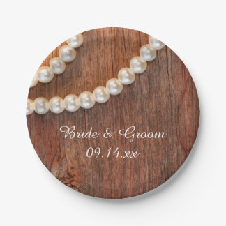 素朴な真珠および納屋の木製の国の結婚式 ペーパープレート