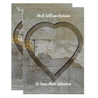 素朴な石造りの開催地の結婚式招待状 カード