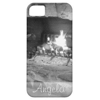 素朴な石造り暖炉の丸太火の写真 iPhone SE/5/5s ケース