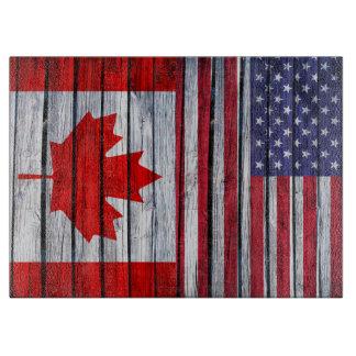 素朴な米国旗およびカナダの旗 カッティングボード