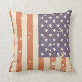 素朴な米国旗の枕 クッション