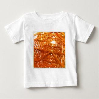 素朴な納屋木建築 ベビーTシャツ