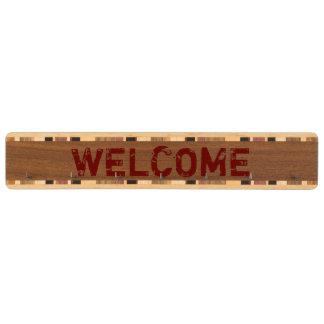 素朴な赤の歓迎の鍵の棚 くるみ 鍵掛け